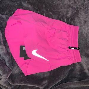 Nike shorts NWT✨